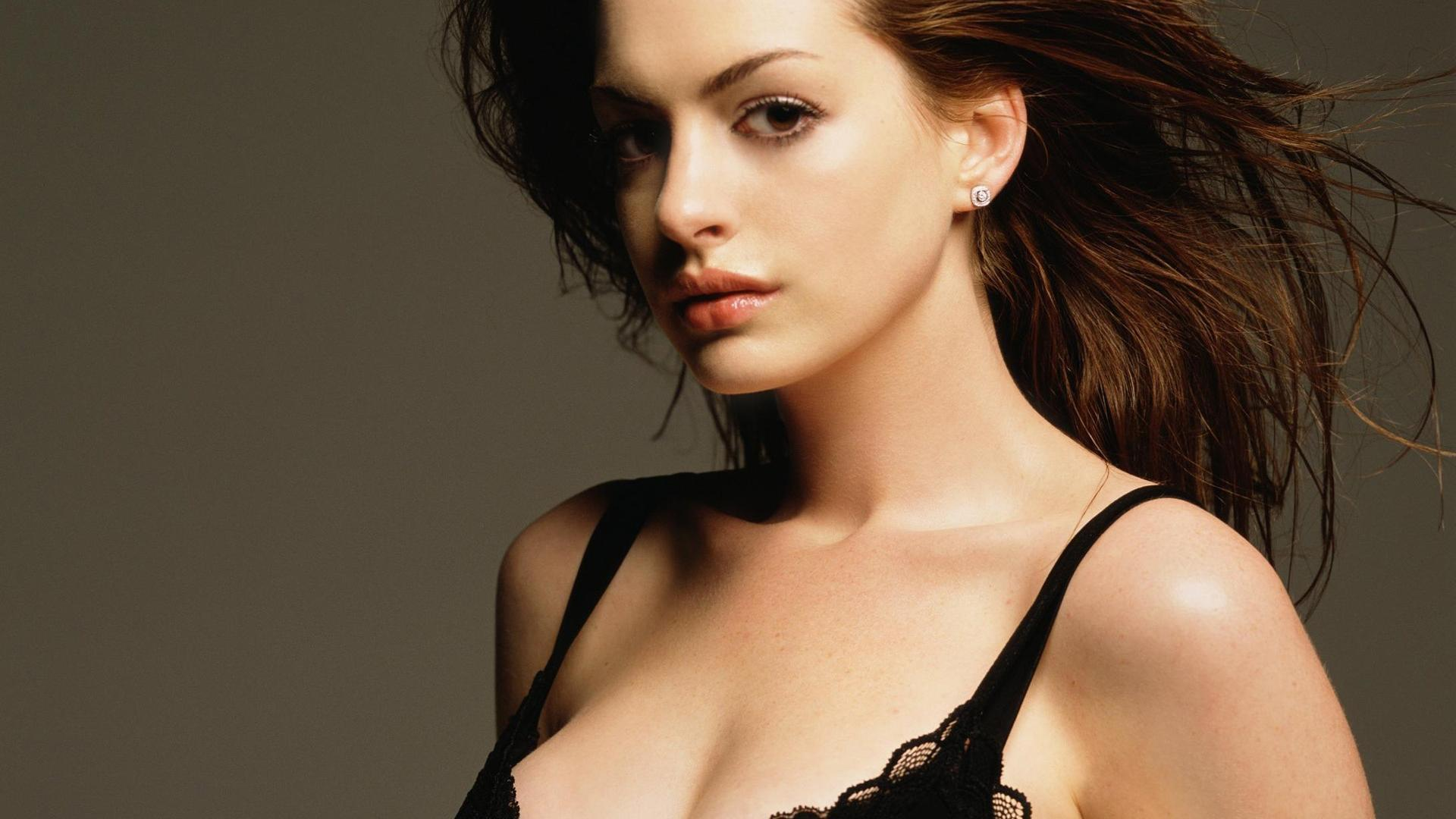 Im im images of anne hathaway - Anne Hathaway Sexy Photoshoot